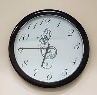 Inexpensive DIY Music Clock